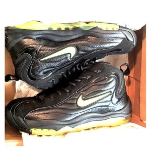NIKE AIR TOTAL MAX UPTEMPO SNEAKERS MEN SIZE 11